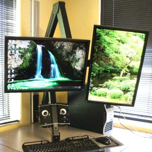 Double Monitors on the Elite 5220 provides a computer mounting solution for offices, IT, graphics departments