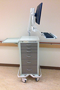 Armstrong Medical's A-Smart Cart Enhanced With ICW's Elite 5221 Asymmetric Computer Mount
